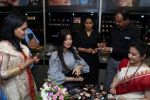 Ayesha Takia at the Grand Opening Of Stars Cosmetics Brand Store & Academy on 5th June 2017 (53)_59366cfb859b4.JPG