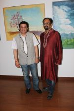 Anup Jalota Inaugurates Kishore M Sali_s See The Unseen Art Show on 6th June 2017 (5)_5937947bb979a.JPG