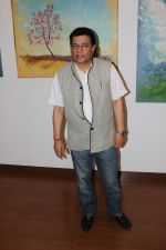 Anup Jalota Inaugurates Kishore M Sali_s See The Unseen Art Show on 6th June 2017 (8)_59379481672a2.JPG