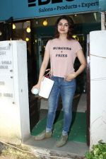 Prachi Desai at BBLUNT Salon in Bandra on 15th June 2017 (1)_59437c0ec6f07.JPG