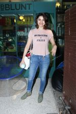 Prachi Desai at BBLUNT Salon in Bandra on 15th June 2017 (5)_59437c2f66487.JPG