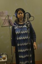 Rekha Bharadwaj at the Song Recording Of Marathi Film Lapachhapi on 17th June 2017 (18)_5945437668682.JPG