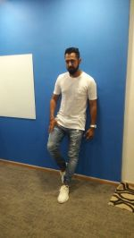 Interview With Puinjabi Pop Singer Gippy Grewal For His Single & Upcomig Film Lucknow Central on 16th June 2017 (8)_59452ede58687.jpg