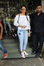 Isha koppikar at korner house in Mumbai on 16th June 2017 (5)_59452f27c4ebe.JPG