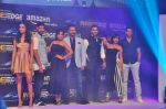Sarah Jane Dias, Angad Bedi, Tanuj Virwani, Richa Chadda, Vivek Oberoi, Siddhant Chaturvedi, Sayani Gupta at Trailer Launch Of Indiai_s 1st Amazon Prime Video Original Series Inside Edge on 16th June 2017 (42)_59451e610323f.JPG