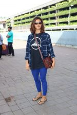Shakti Mohan Spotted At International Airport on 16th June 2017 (2)_5944d6b789337.JPG