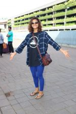 Shakti Mohan Spotted At International Airport on 16th June 2017 (3)_5944d6b867fe6.JPG