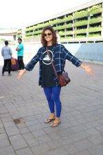 Shakti Mohan Spotted At International Airport on 16th June 2017 (5)_5944d6ba2ca11.JPG