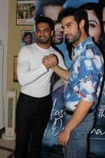 Upen Patel, Shiv Darshan Interview For Film Ek Haseena Thi Ek Deewana Tha on 16th June 2017 (25)_5944d6f58cb76.JPG