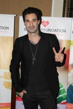 Daniel Weber And CEO Of Various Company At Fund Raising Cause Of Save Little Hearts on 17th June 2017 (5)_594619edc655b.JPG