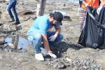 Jackky Bhagnani, Pooja Bhatt at Chimbai Beach Clean Up Drive By BMC on 18th June 2017 (12)_5946791987407.JPG