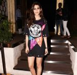 Kriti Sanon at the Grand Opening Party Of Arth Restaurant on 18th June 2017 (20)_5947a737c8d85.jpg