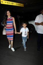 Divya Khosla Kumar at the airport on 21st June 2017 (5)_594b3258eeffe.JPG