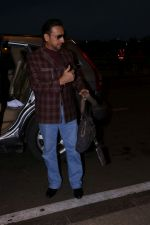 Gulshan Grover at the Airport on 21st June 2017 (6)_594b33f1e63ca.JPG