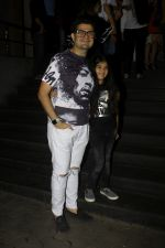 Dabboo Ratnani at the Special Screening Of Film Tubelight in Mumbai on 22nd June 2017 (18)_594c94d442c98.JPG