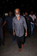 Rajinikanth at the Airport on 22nd June 2017 (13)_594c82f7341d7.JPG