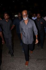 Rajinikanth at the Airport on 22nd June 2017 (15)_594c82f91bcb9.JPG