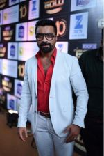 Ajaz Khan at 10th Gold Awards 2017 on 5th July 2017 (27)_595cf6c042b23.jpg