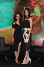 Anushka Sharma, Anya Singh during YRF_s New Talent Event on 5th July 2017 (109)_595d19a0ccbad.JPG