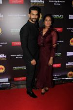 Richa Chadda, Angad Bedi at The 6th Edition Of SportsPerson Of The Year Awards 2017 on 7th July 2017 (57)_596042e7adc3f.JPG