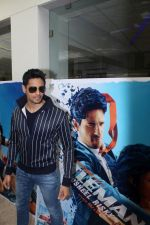 Sidharth Malhotra at Special Preview Of The Movie A Gentleman on 7th July 2017 (24)_59605ab474932.JPG