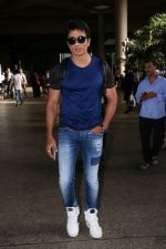 Sonu Sood Spotted At Airport on 8th July 2017 (7)_5960d33d17c7b.JPG