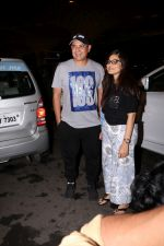 Atul Agnihotri leaving For IIFA New York City on 11th July 2017 (76)_5964528552547.JPG