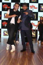 Mithun Chakraborty, Krishna Abhishek at the Press Conference Of Sony Tv New Show The Drama Company on 11th July 2017 (187)_5965d3e3856d1.JPG