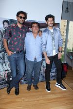 Mohit Marwah, Tigmanshu Dhulia, Kunal Kapoor at Raag Desh Song Tujhe Namami Launch on 13th July 2017 (24)_59677c1642aeb.JPG
