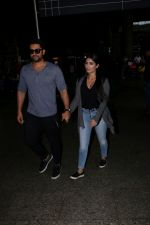 Aftab Shivdasani & His Wife Nin Dusanj Spotted At Airport Returns From IIFA on 18th July 2017 (3)_596db2ca4500a.JPG