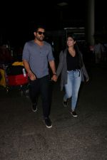 Aftab Shivdasani & His Wife Nin Dusanj Spotted At Airport Returns From IIFA on 18th July 2017 (6)_596db2ccd3457.JPG