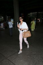 Karishma Tanna Spotted At Airport Returns From IIFA on 18th July 2017