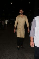 Mohit Marwah Spotted At Airport Returns From IIFA on 17th July 2017 (22)_596d7a2ee714b.JPG