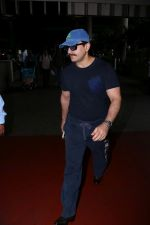 Saif Ali Khan Spotted At Airport Returns From IIFA on 17th July 2017
