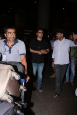 Arbaaz Khan Spotted At Airport on 17th July 2017 (7)_596ed75a57581.JPG