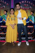Ayushmann Khurrana, Ashwiny Iyer Tiwari at the Trailer Preview Of Bareilly Ki Barfi on 19th July 2017(94)_596f879b5b141.JPG