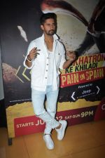 Ravi Dubey at the Screening Of Khatron Ke Khiladi Season 8 on 18th July 2017 (23)_596f052ddae15.JPG