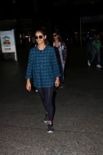 Shakti Mohan With Sisters Spotted At Airport on 18th July 2017 (2)_596ed7ecd0604.JPG