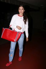 Gauhar Khan Spotted At Airport on 20th July 2017 (15)_5970dcf9a3b8f.JPG