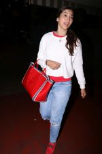 Gauhar Khan Spotted At Airport on 20th July 2017 (18)_5970dcfc2e1de.JPG