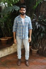 Akshay Oberoi promotes for Film Gurgaon on 21st July 2017 (15)_597308f403b0d.JPG