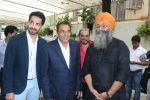 Dharmendra, Deep Sidhu, Amardeep Singh Gill Host Teaser Launch Of Jora 10 Numbaria At Sunny Super on 25th July 2017 (25)_5977515a8fd88.JPG