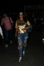 Sania Mirza Spotted At Airport on 26th July 2017 (4)_59789f9cf41cf.JPG