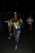 Sania Mirza Spotted At Airport on 26th July 2017 (8)_59789fabdcd4e.JPG