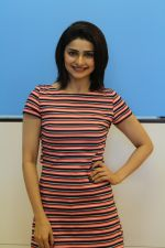 Prachi Desai promote Film Carbon on 27th July 2017 (10)_5979fa5fb59b3.JPG