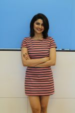 Prachi Desai promote Film Carbon on 27th July 2017 (15)_5979f8ea1a34b.JPG