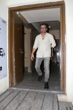 Anees Bazmee Meet Fans At Gaiety Cinema on 28th July 2017 (24)_597c89130e654.JPG