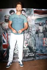 Hrithik Roshan at the Special Screening Of Film Raagdesh on 27th July 2017  (16)_597c695f928bd.JPG