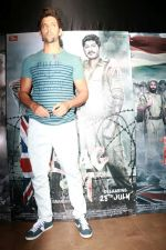 Hrithik Roshan at the Special Screening Of Film Raagdesh on 27th July 2017  (19)_597c69629a596.JPG