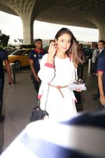 Ileana D_Cruz with Mubarakan team spotted at airport on 29th July 2017 (38)_597d5a07641b1.JPG